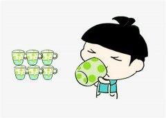 多喝水多排尿的好处有哪些 经常喝水对身体好吗