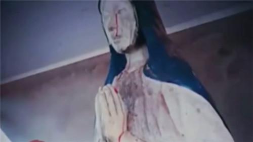 视频:圣母石像再次显灵,血泪从眼睛指尖渗出