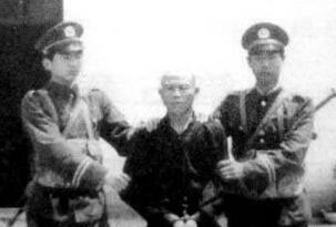 中国最擅长枪战的悍匪,凌国梁以一敌百杀死6名警察