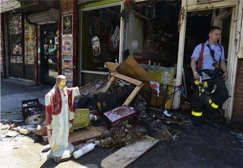 耶稣显灵:商店发火灾东西全部烧毁 耶稣神像却毫发无损