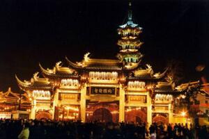 上海龙华寺之阴阳河,满河尸骨恶鬼肆虐被宝塔镇压