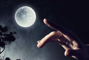 指月亮割耳朵科学解释,被割伤纯属巧合(教导尊敬月亮)