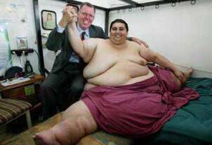 世界上最胖的人,曼努埃尔·乌里韦1200斤(因心脏病离世)