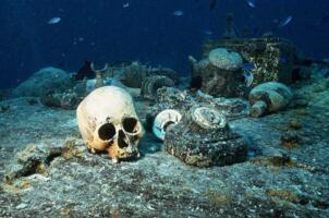 世界上最恐怖的湖泊,特鲁克泻湖有去无回(潜水者的坟墓)