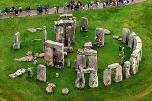 英国巨石阵之谜,科学证实巨石有治病的神力(4300年历史)
