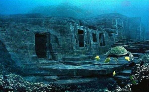 神秘的百慕大三角区域的海底金字塔比古埃及金字塔更壮观