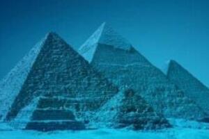 揭秘百慕大三角水下金字塔,水晶材质建筑而成(最大金字塔)