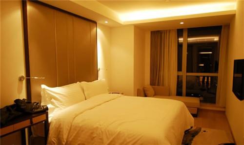 酒店不会告诉你的秘密 房间里到底有多脏