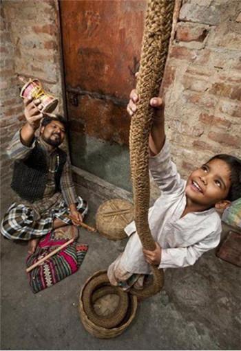 印度通天绳之谜:史上第一幻术,通往天国的绳子